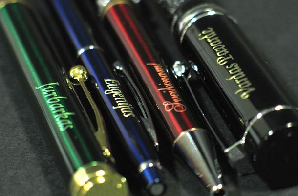 Graviruoti rašikliai